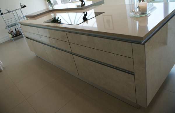 Zurfiz Ultragloss Limestone With Handleless Rail