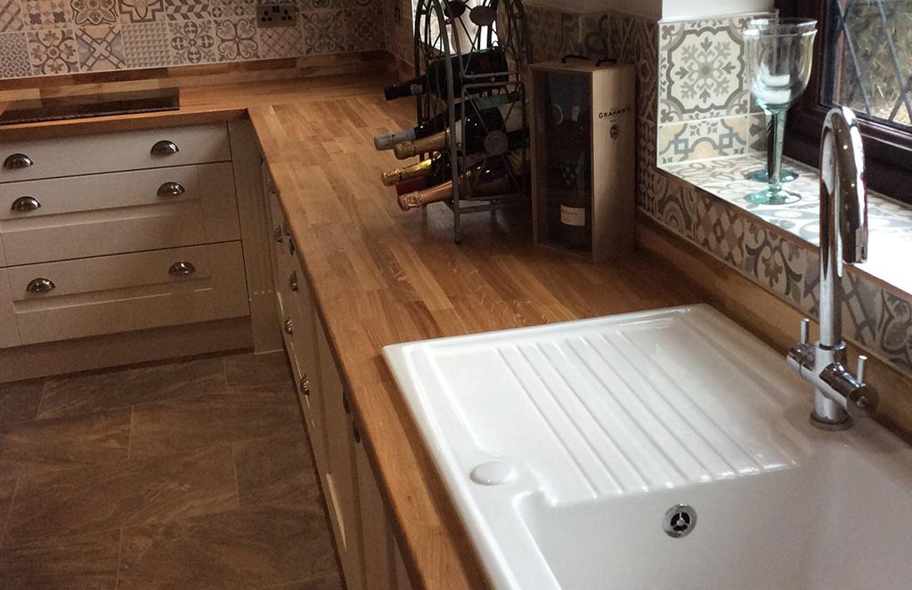 Pronto Wilton Door in Oakgrain Cream