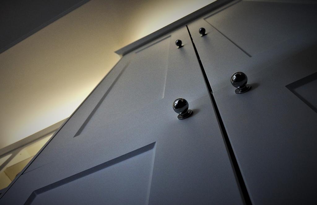 Bella Cambridge Door in Satin White