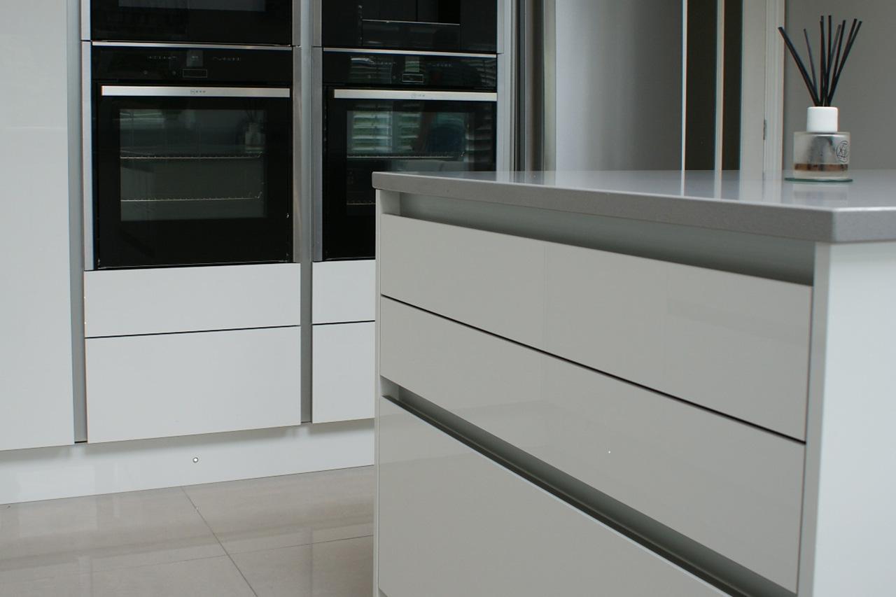 Zurfiz Doors in Ultragloss White