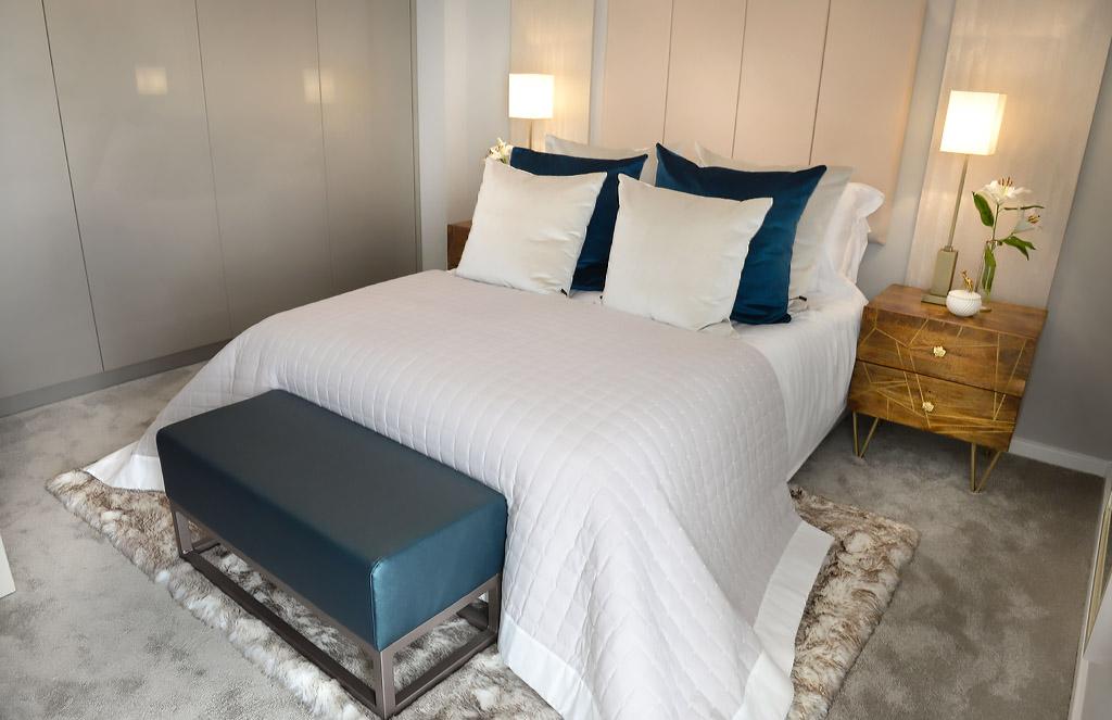 Zurfiz Ultragloss Metallic Champagne Bedroom